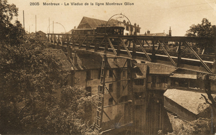 Le viaduc de la ligne Montreux-Glion