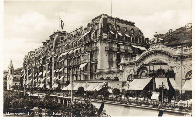 Le Montreux Palace – Entrée principale